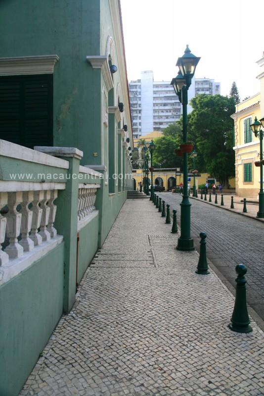 崗頂前地 Largo de Santo Agostinho