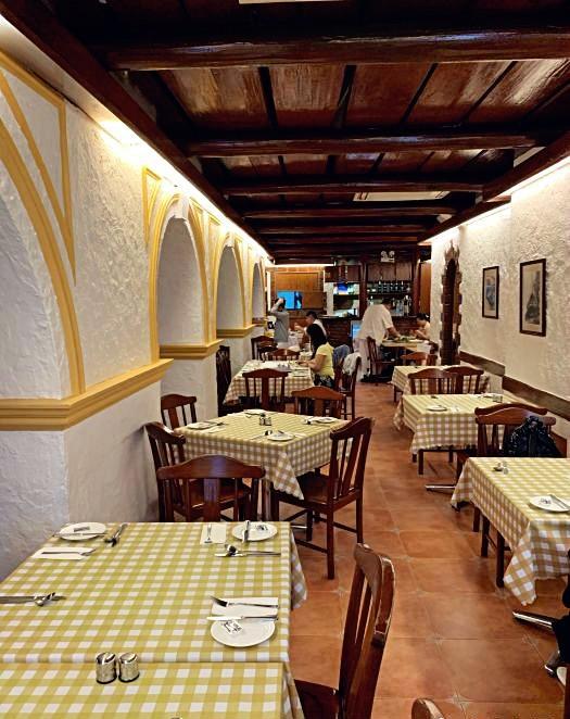 船屋葡國餐廳 A Lorcha