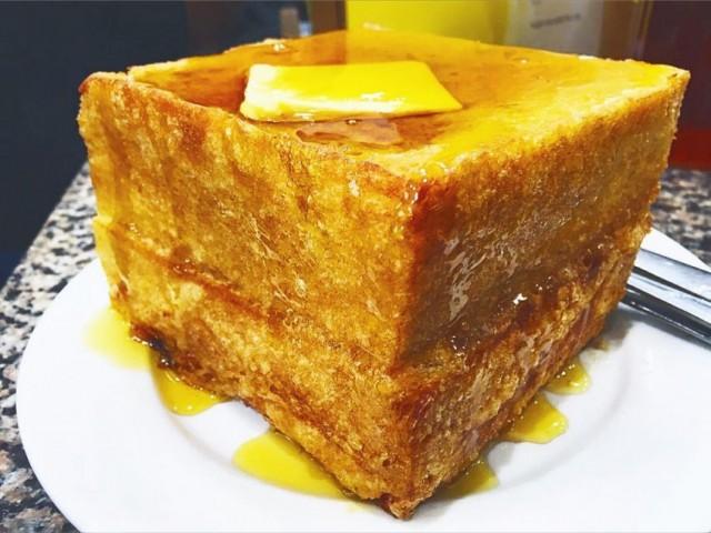 超厚西多士 (新鴻發咖啡美食)